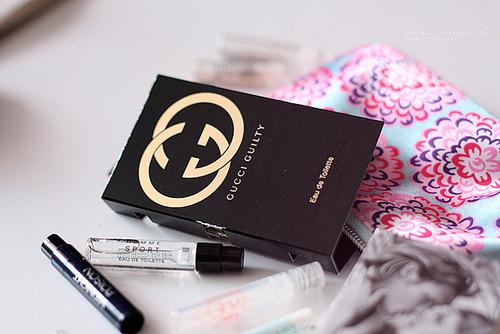 http://melle-lilyvia.cowblog.fr/images/Makeup/echantillonsparfums.jpg