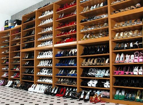http://melle-lilyvia.cowblog.fr/images/Shoes/rangementchaussure.jpg