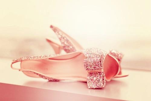http://melle-lilyvia.cowblog.fr/images/Shoes/shoes2.jpg