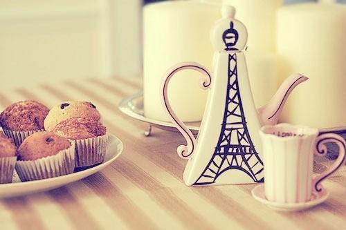 http://melle-lilyvia.cowblog.fr/images/cuisine/cakes1.jpg